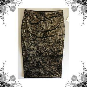 {June & Hudson} Bronze Crushed Velvet Pencil Skirt